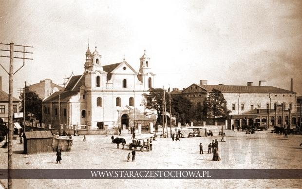 Nowy Rynek z kościołem św. Zygmunta w Częstochowie